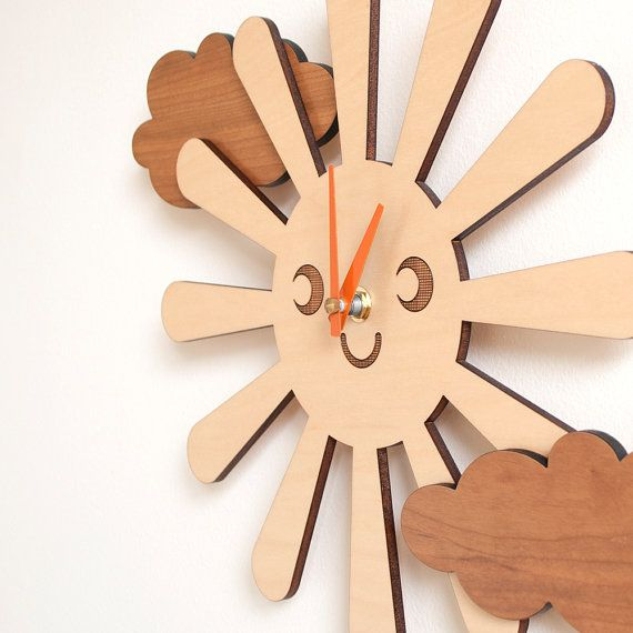 9 Most Creative Handmade Wall Clock Designs